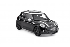Модель MINI COOPER S (F56) 1:18 Midnight Black